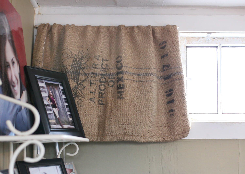 Burlap bags home decor trade house crafts for Burlap sack decor